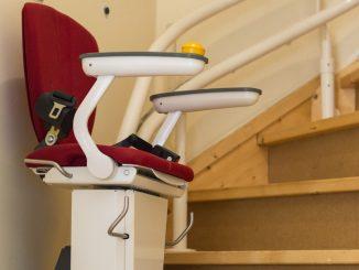 Comment fonctionne un monte-escalier relié à un système de sécurité domestique